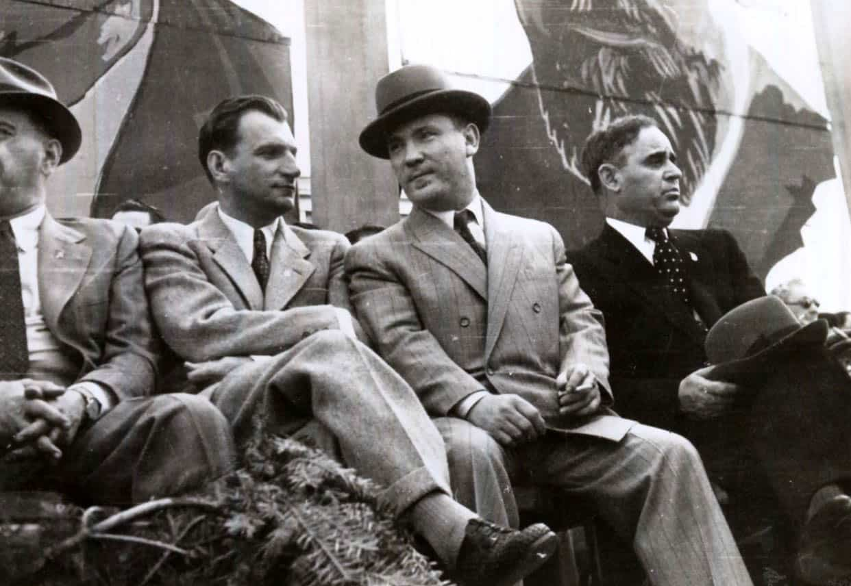 A picture of Romanian Communist leader and Prime Minister Gheorghe Ghiorghiu Dej with Laurentiu Patrascanu from 1946.